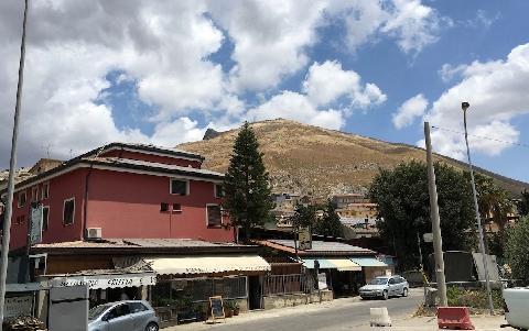 Alle pendici del Monte Iato