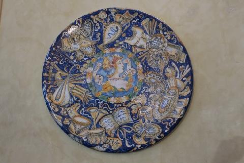 Piatto di ceramica calabresi