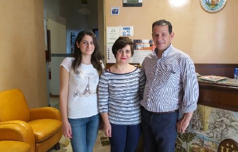 Mario Cortese con la moglie Angela e la nipote Francesca