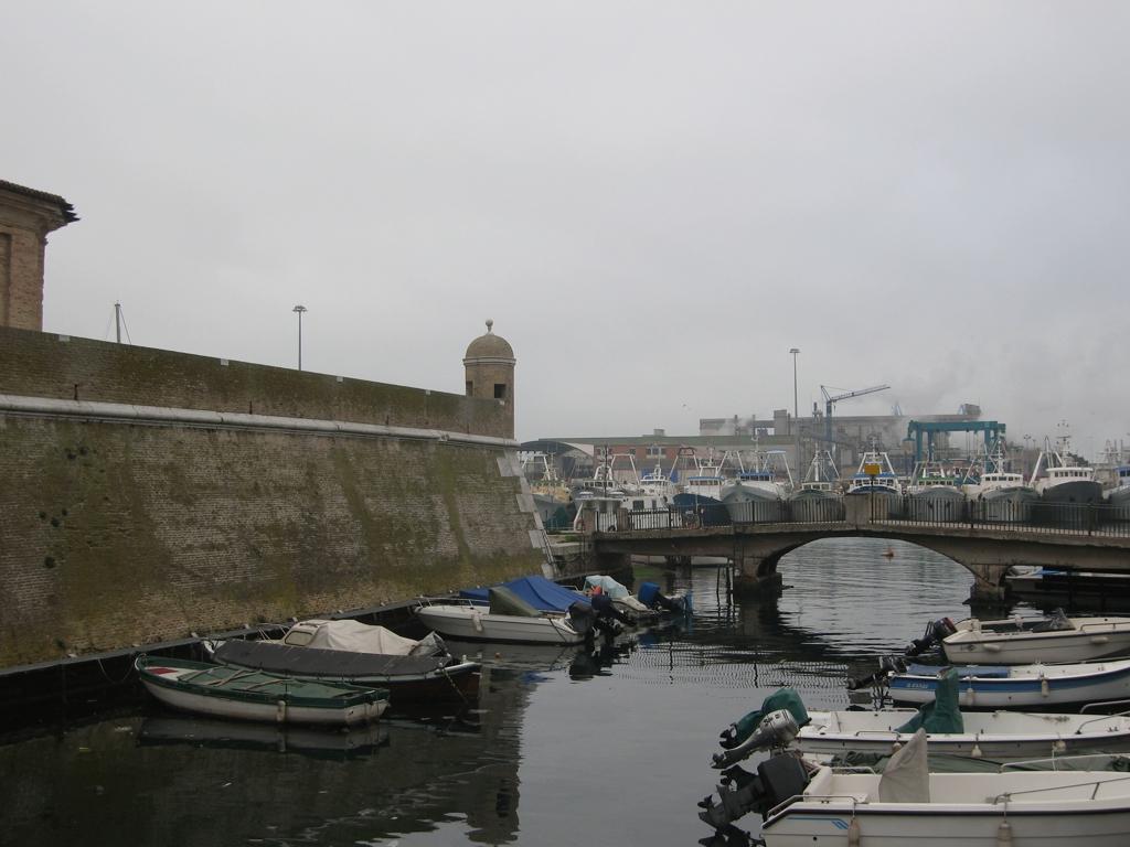 Il bastione della Mole Vanvitelliana